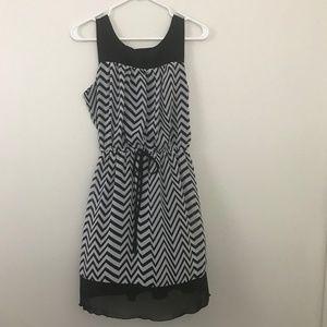 Enfocus Studio Chevron Sleeveless Dress Size 10